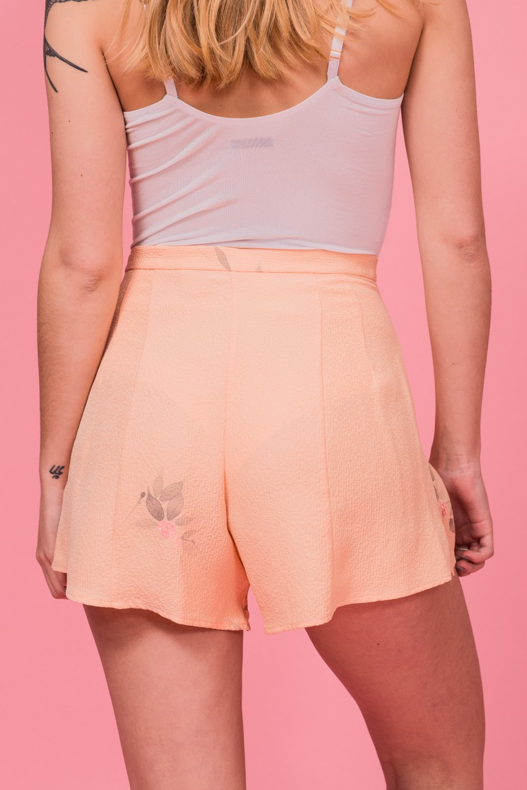 Silk shorts peach nanten