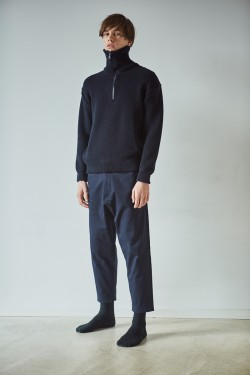 Merino wool turtleneck navy blue